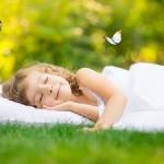 バストアップに最適な睡眠時間とポイント