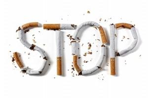 まずは禁煙!タバコがバストに及ぼす悪影響
